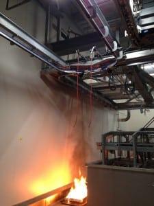 Proefbrand voor het testen van de installaties